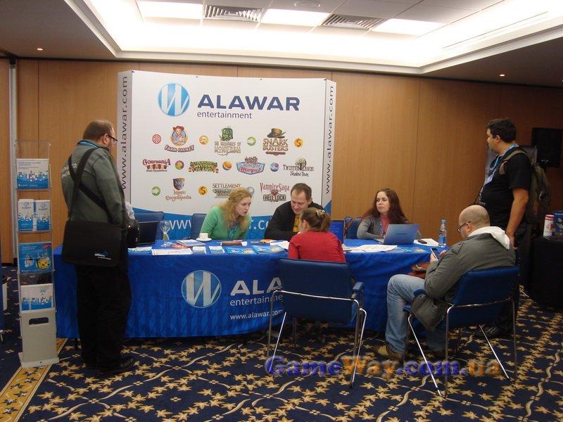 К стенду Alawar то и дело тянулись потенциальные партнеры